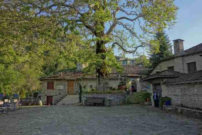 Υπάρχει ένα παραμυθένιο χωριό στην Ελλάδα που οι περισσότεροι κάτοικοι του έχουν αρχαία ονόματα