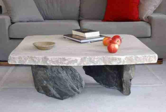 Ένας σχεδιαστής και ένας γλύπτης δημιούργησαν στην Τήνο ένα ονειρικό πέτρινο εξοχικό