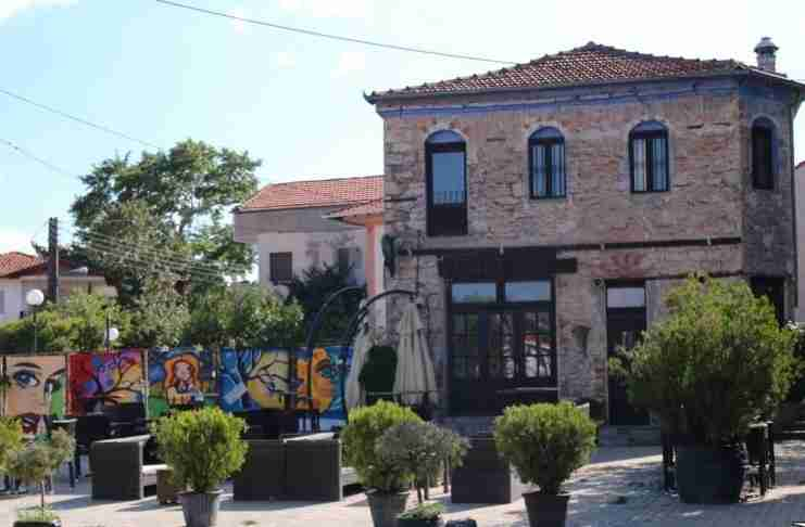 Το χωριό με το παράξενο όνομα και το πιο ξινό νερό της Ελλάδας