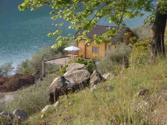 Δεν είναι η Ελβετία: Ανακαλύψτε το χωριό στον Ορεινό Βάλτο που θυμίζει επίγειο παράδεισο