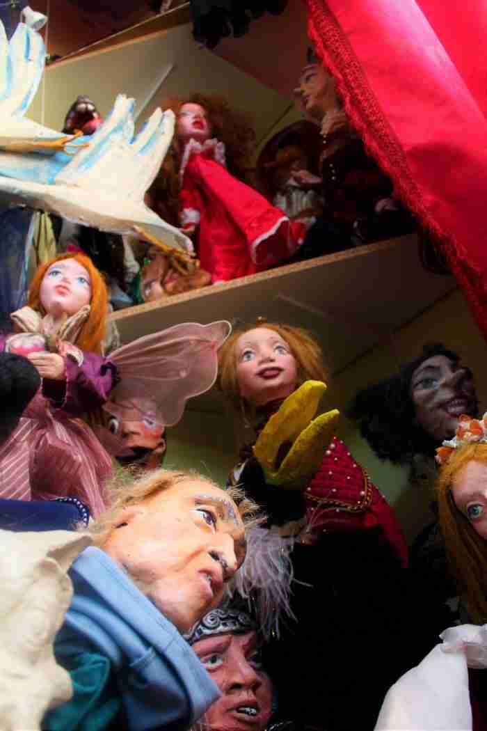 Το σπίτι στη Θεσσαλονίκη στο οποίο κατοικούν... κούκλες