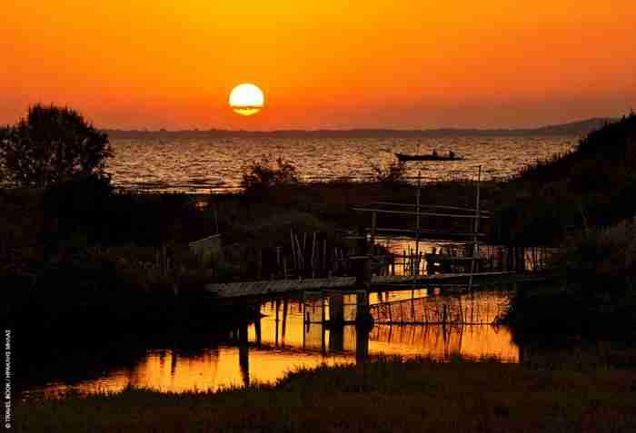Αμβρακικός: Μια θάλασσα από λίμνες σε έναν άλλο κόσμο