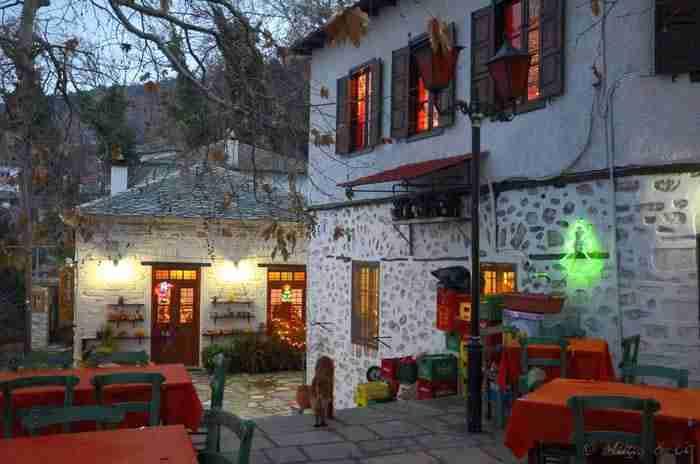 Ένα ελληνικό χωριό τόσο όμορφο, που έχει χαρακτηριστεί ζωντανό μουσείο αρχιτεκτονικής