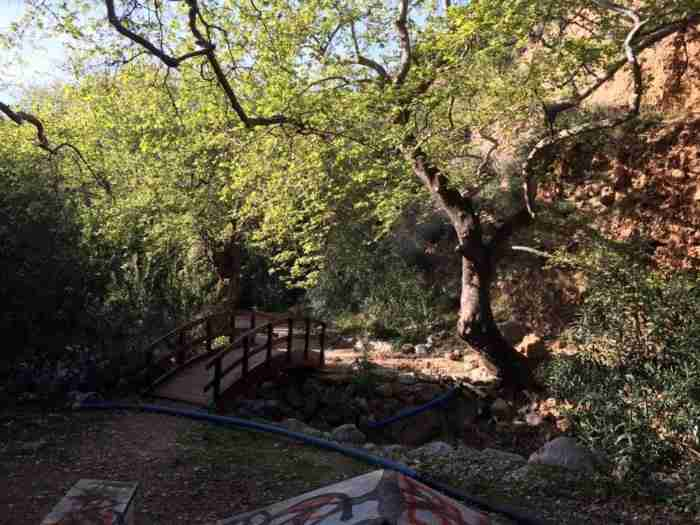 Υπάρχει ένα παραδεισένιο μέρος πολύ κοντά στην Πάτρα που ζουν... νεράιδες