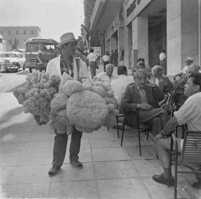 21 υπέροχες φωτογραφίες μιας Αθήνας απ' τα παλιά