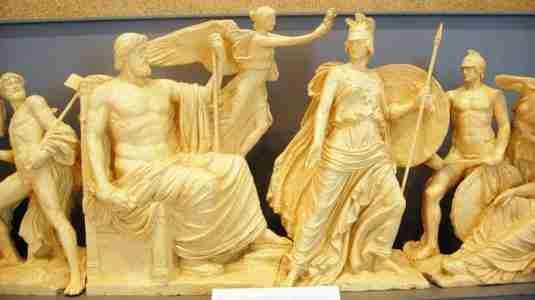 Ο Παρθενώνας όπως ήταν στην αρχαιότητα. Δείτε το πιστό αντίγραφο του ναού σε πραγματικές διαστάσεις