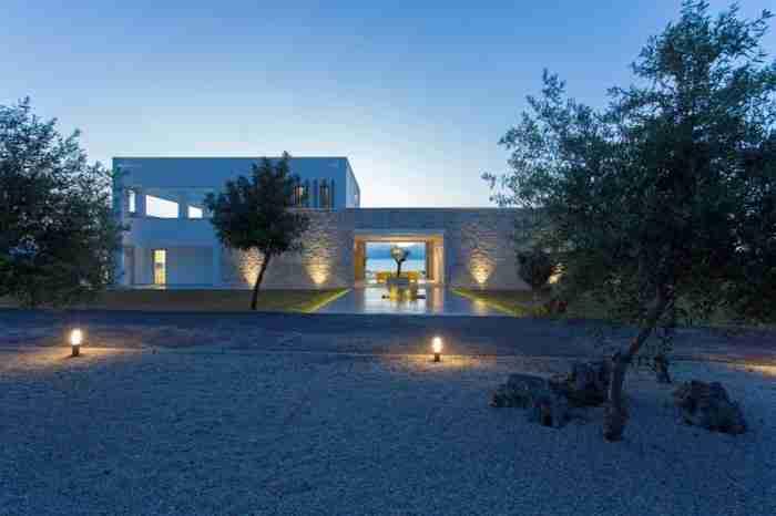 Το παλάτι της Μεσσηνίας. Ένα εντυπωσιακό καταφύγιο, μακριά από την αστική ζωή