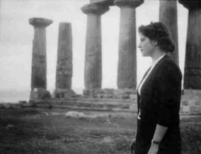 """Ανδρέας Εμπειρίκος και Μάτση Χατζηλαζάρου: Ο παράφορος έρωτας του ποιητή με την ασθενή τουθενή"""" του στην ψυχανάλυση"""