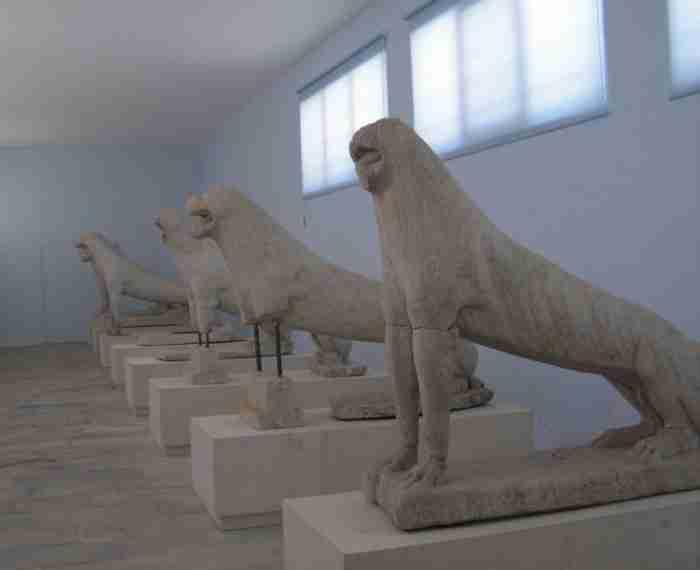 Το ακατοίκητο ελληνικό νησί που είναι γεμάτο αρχαίους θησαυρούς