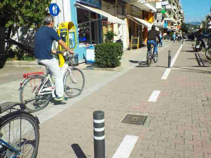 Τα Τρίκαλα είναι... μπροστά: Ελεύθερο Wi-Fi, λεωφορεία χωρίς οδηγούς και ταχύτητες 5G
