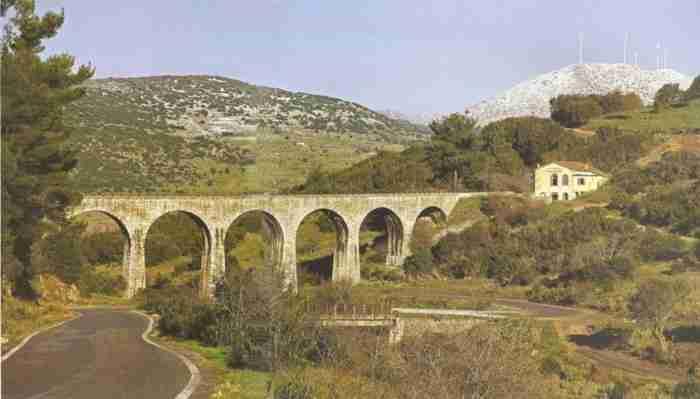To άγνωστο ...αδελφάκι της γέφυρας Ρίου - Αντιρρίου
