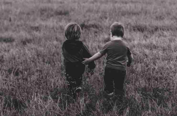 Η ικανότητα να αγαπάμε κρύβεται στην παιδική μας ηλικία