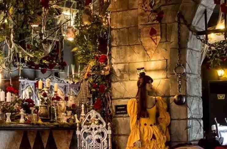 Στο «Fairytale» στη Νέα Φιλαδέλφεια γονείς και παιδιά κάνουν ουρά για να μπουν σε ένα παραμυθένιο κόσμο
