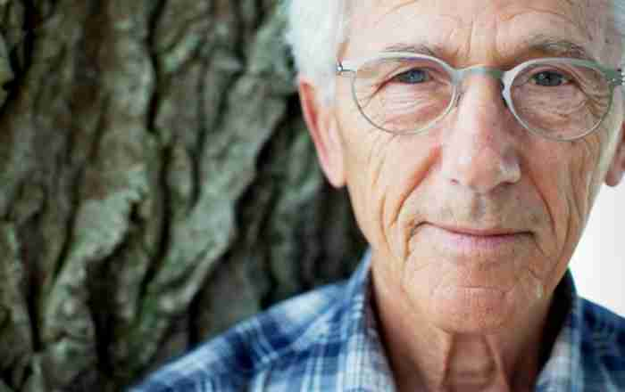 Ο κορυφαίος εν ζωή συγγραφέας στη Σουηδία είναι ένας.. Έλληνας από τη Λακωνία