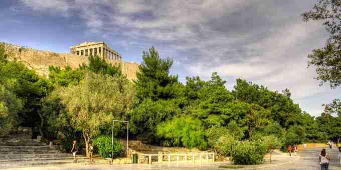 Οι ωραιότεροι περίπατοι στην ιστορία του Αθηναικού κέντρου