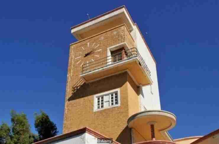 Το BBC εκθειάζει την πιο παράξενα όμορφη πόλη της Ελλάδας