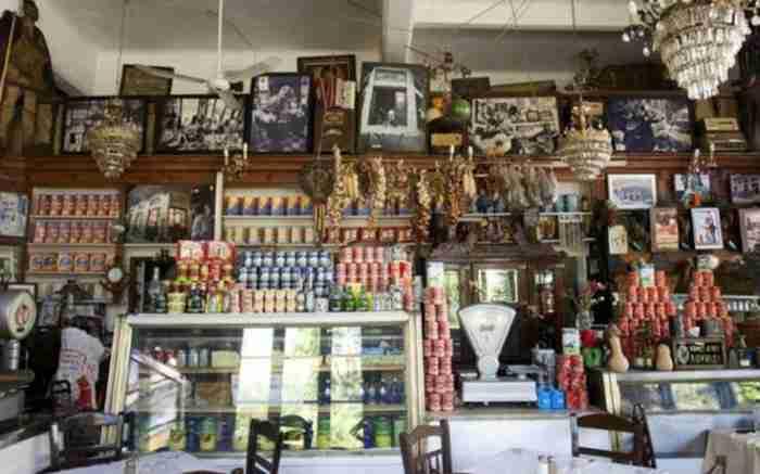 Οι 10 πιο θρυλικές ταβέρνες της Αθήνας