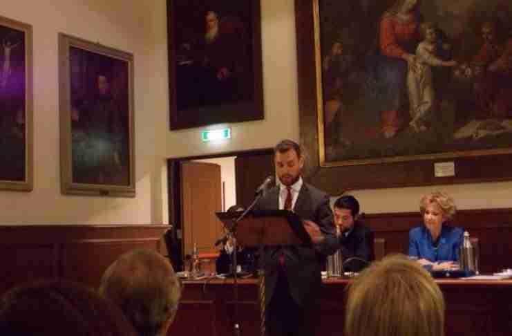 Πέτρος Καψάσκης: Ο νεαρός επιστήμονας που μίλησε στα ιταλικά με ελληνικές λέξεις και ενθουσίασε τους Ιταλούς