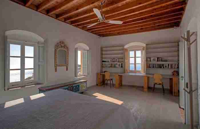Πως ένα Βυζαντινό αρχοντικό στην Πάτμο μεταμορφώθηκε σε ένα από τα ωραιότερα σπίτια του νησιού