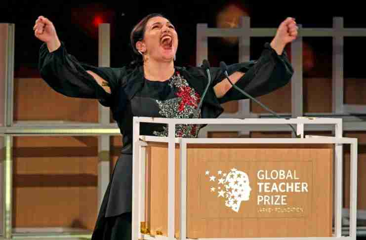 Η Ελληνοκύπρια Άντρια Ζαφειράκου ανακηρύχθηκε Καλύτερη Δασκάλα στον κόσμο