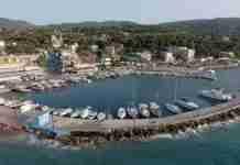 Αγιοι Απόστολοι: Η Ριβιέρα της Αττικής με την καλύτερη τυρόπιτα του κόσμου βρίσκεται μόλις 1 ώρα από την Αθήνα