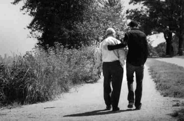 Το συγκινητικό γράμμα ενός πατέρα στον γιο του που αξίζει να διαβάσεις