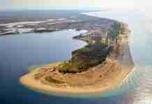 Το μικρό χωριουδάκι απέναντι από τη Θάσο που είναι όλο παραλία