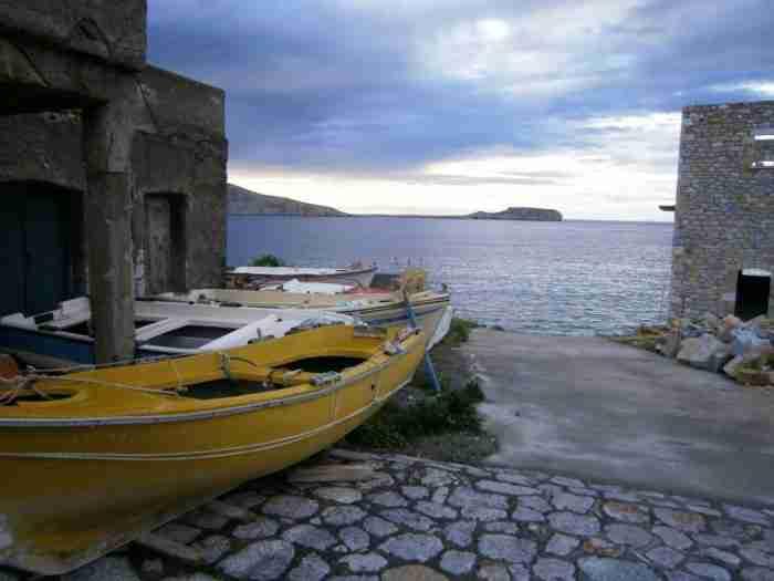 Η «ονειρεμένη» γωνιά της Μάνης που θυμίζει… Νότια Ιταλία. Η μυστηριακή γοητεία της σε αιχμαλωτίζει για πάντα