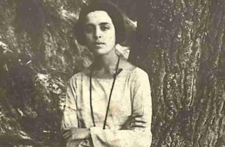 Απρίλης... ο μήνας της Μαρίας Πολυδούρη (ένα εξαιρετικό αφιέρωμα στην αγαπημένη ποιήτρια)
