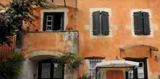 Σπίτι του 1800 έγινε ξενώνας στην Κεφαλονιά και μάγεψε τη Guardian