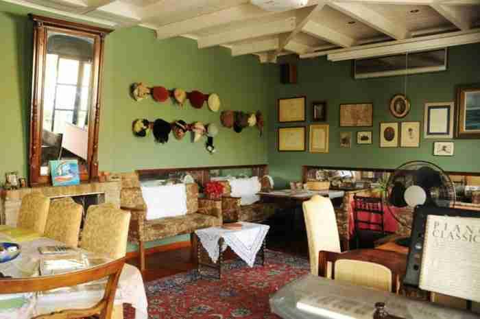 George Molfetas Museum Hotel