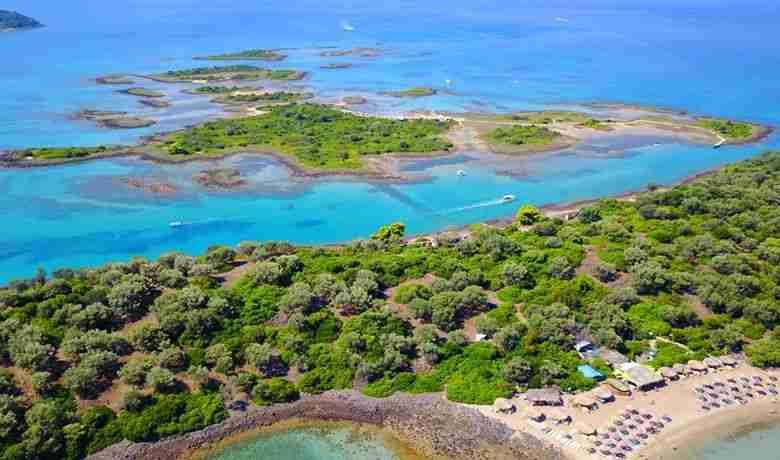 Λιχαδονήσια: Οι Μπαχάμες της Ελλάδας - Η σκοτεινός μύθος της δημιουργίας τους