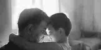 """""""Εσύ δε θα θυμάσαι αλλά εγώ θα θυμάμαι.."""" Το ωραιότερο κείμενο που έγραψε ένας πατέρας"""