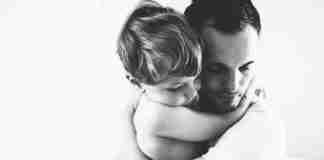 Δε γίνεται να αγαπήσεις το παιδί σου, αν δεν αγαπήσεις πρώτα τη γυναίκα που το έφερε στον κόσμο