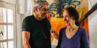Το ζευγάρι Ελλήνων που είναι 43 χρόνια μαζί και έχουν ταξιδέψει σ' όλο τον κόσμο (κυριολεκτικά)