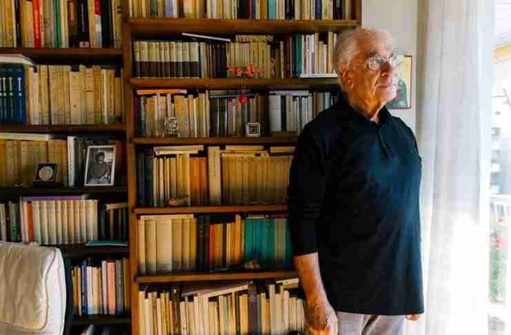 Χρ. Γιανναράς: «Εύχομαι να ανακαλύψουν τα σημερινά παιδιά ότι Ελληνας δε γεννιέσαι, γίνεσαι...»
