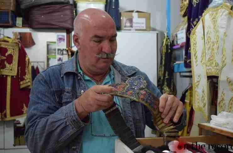 Νίκος Πλακίδας: O άνθρωπος που αφιέρωσε την ζωή του στην ελληνική παράδοση και βραβεύτηκε από την Unesco
