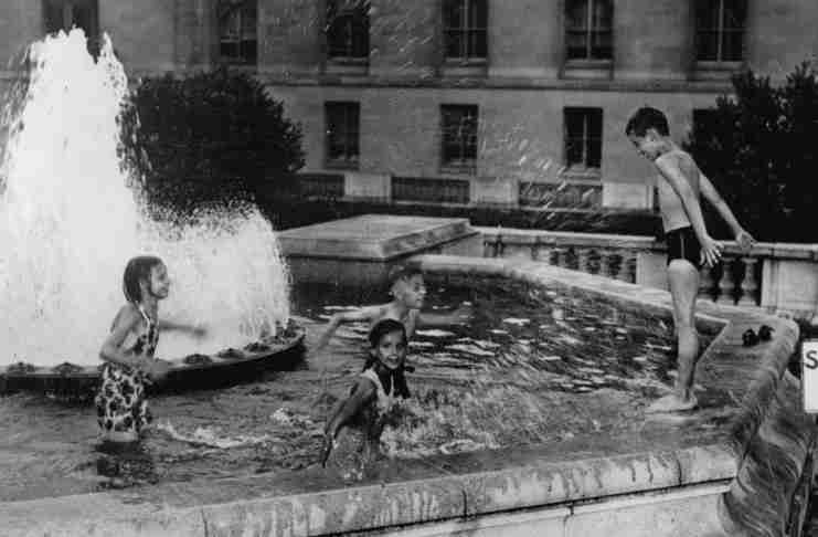 Οι ψυχολόγοι προειδοποιούν: «Το καλοκαίρι, αφήστε τα παιδιά να βαριούνται»