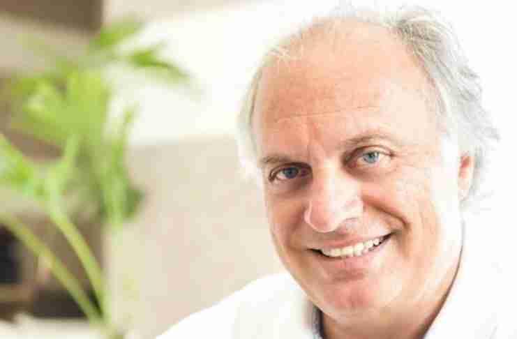 Ζωή σαν παραμύθι: Ο έλληνας γιατρός από την Κάρπαθο που μπήκε στην ελίτ της παγκόσμιας χειρουργικής