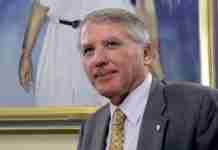Δημήτρης Νανόπουλος: Δεν είμαστε ήρωες ούτε πατριώτες... Ελληνες είμαστε