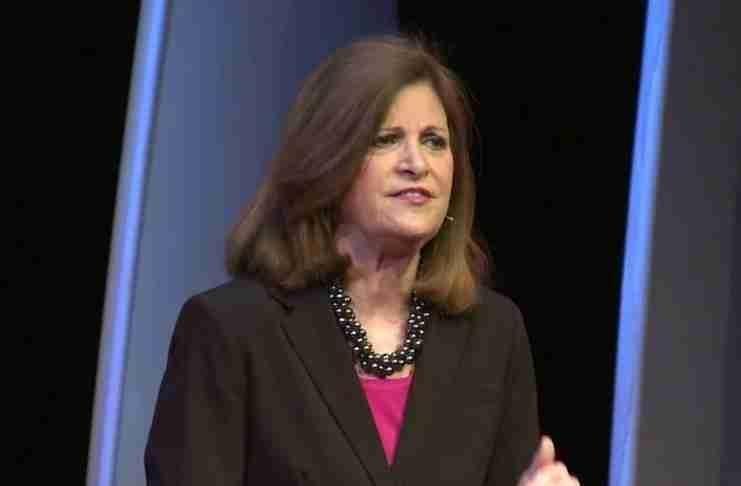 Η διάσημη ψυχολόγος Michele Borba: Για να γίνετε καλοί γονείς, αφήστε τα παιδιά σας να κάνουν λάθη