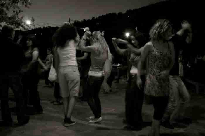 Αν δεν πας έστω σ' ένα πανηγύρι, δεν ξέρεις τι θα πει ελληνικό καλοκαίρι