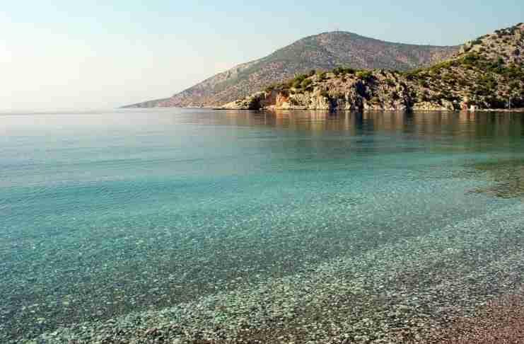 Οι 22 παραλίες της Αττικής είναι ακατάλληλες για κολύμπι σύμφωνα με πρόσφατη έρευνα