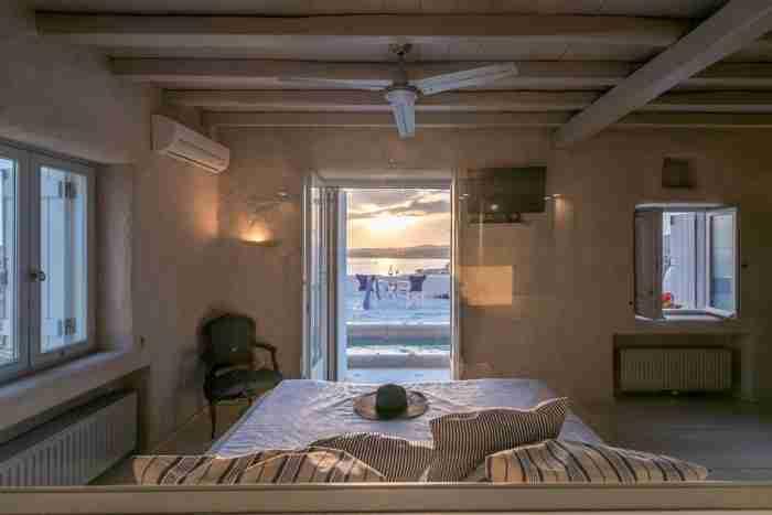Το πιο κομψό σπίτι της Πάρου διαθέτει γοητεία, ενέργεια και θέα που δεν συγκρίνεται