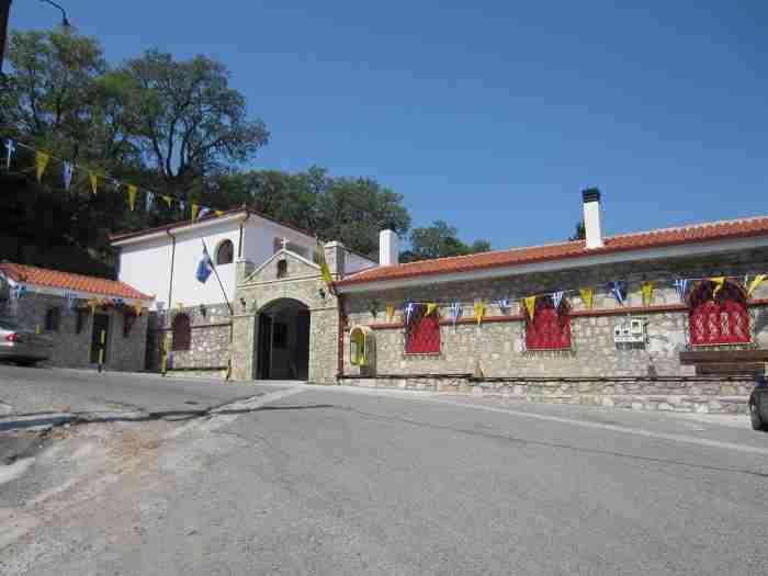 Δεκαπενταύγουστος στα μοναστήρια της Μεγαλόχαρης - Παναγία Τατάρνα, Γαυριώτισσα, Αντίνιτσα, Προυσιώτισσα