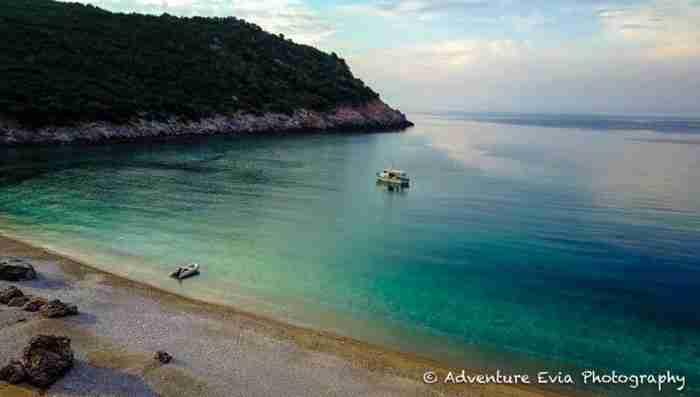 Ο άγνωστος επίγειος παράδεισος της Ελλάδας βρίσκεται καλά κρυμμένος στην Εύβοια