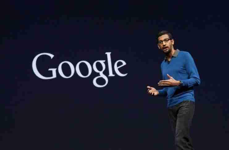 """Η θεωρία της κατσαρίδας: Η σοφή ομιλία του """"Βασιλιά"""" της Google που αξίζει να διαβάσεις"""