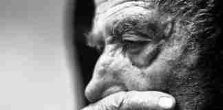 Δεν ζούμε, τρέχουμε: Το κείμενο για τις ψυχικές ασθένειες που χτυπάει καμπανάκι