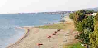 Ακατάλληλες για κολύμβηση 47 παραλίες της Αττικής – Η «μαύρη λίστα»