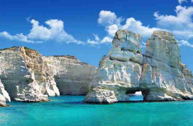 Η Μήλος ψηφίστηκε το καλύτερο νησί της Ευρώπης για το 2019